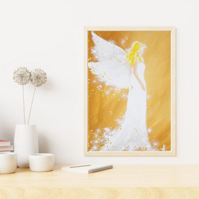 Engelbild in Ocker im Rahmen